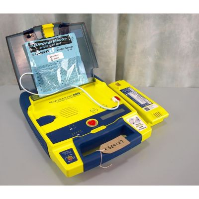Cardiac Science G3 Semi Automatic AED Defibrillator with  Battery (91%) & 1 NEW Pack of Electrodes