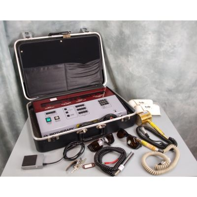 Omega Biotherapy 2001 Laser with 200mW 820nm Single Probe, 45 Diode Cluster, Protective Goggles.
