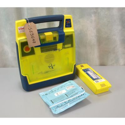 Cardiac Science G3 Pro Defibrillator with  Battery (48%) & 1 New Pack of Electrodes