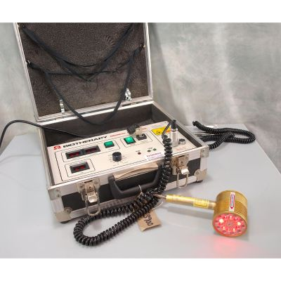 Omega Biotherapy 3ML Laser with 200mW - 808nm Single Probe &  31 Diode Cluster