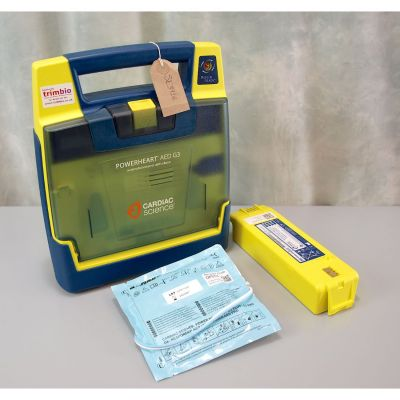 Cardiac Science G3 Semi Automatic AED Defibrillator with Battery (74%) & 1NEW Pack of Electrodes