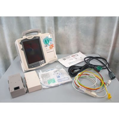 Philips HeartStart MRx Defibrillator Biphasic AED with 3 lead ECG, Battery Pack, NEW Defib Pads & NEW ECG Electrodes