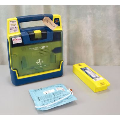 Cardiac Science G3 Semi Automatic AED Defibrillator with Battery (84%) & 1 NEW Pack of Electrodes