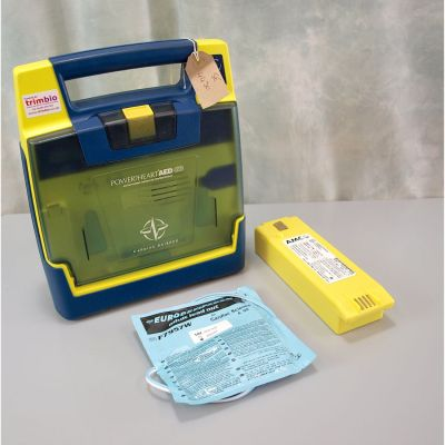 Cardiac Science G3 Semi Automatic AED Defibrillator with NEW Battery (100%) & 1 NEW Pack of Electrodes