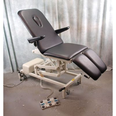 Akron Podiatry / Orthopaedic Chair Electric with NEW Black Upholstery with Breathe Hole