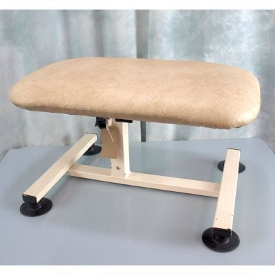 Akron ATP Traction Stool Beige