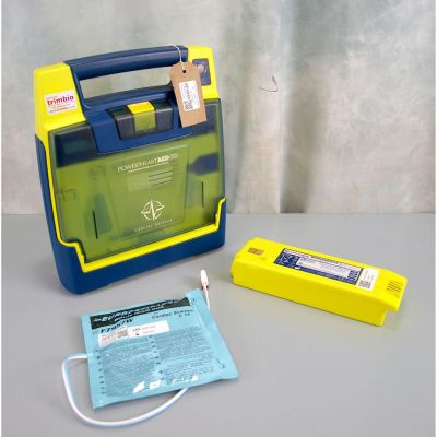 Cardiac Science G3 Semi Automatic AED Defibrillator with Battery (49%) & 1NEW Pack of Electrodes