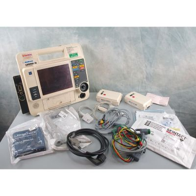 Physio Control Medtronic LifePak 12 with 2 Batteries , ECG & Therapy leads, SPO2, NIBP